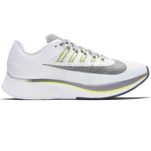 Nike Zoom Fly 897821-101 Size 8.5 New